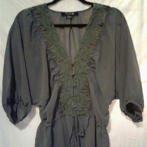 GRAY SHEER AND LACE BAGGY BLOUSE FOREVER 21